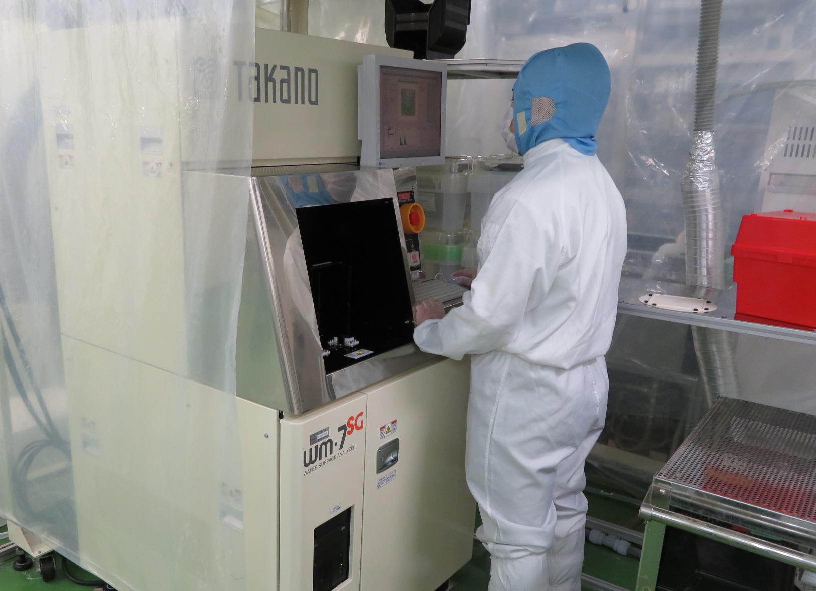 【実験室】洗浄評価方法(測定器)の紹介 ウェーハ表面検査装置(レーザー測定法)