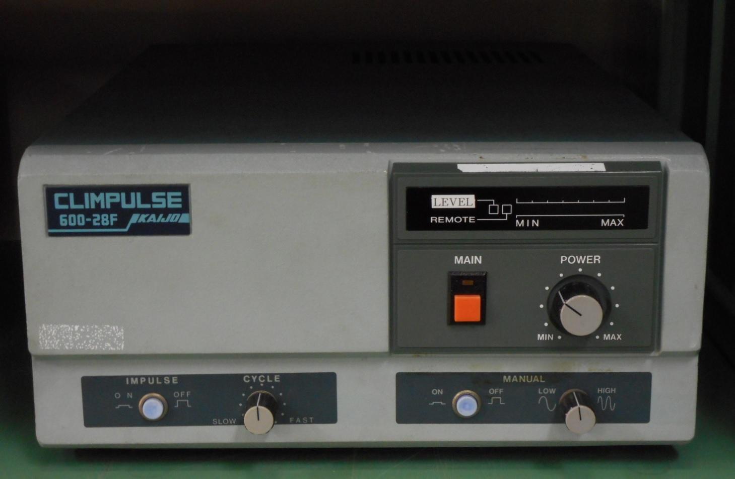 【展示室】展示機器の紹介 工業用超音波洗浄機 クリンパルス6341i型発振器